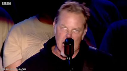 Metallica - Enter Sandman - Live Reading Festival 2015 -