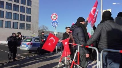 Germany: Pro-Kurdish activists protest visit of Turkish PM Davutoglu to Berlin