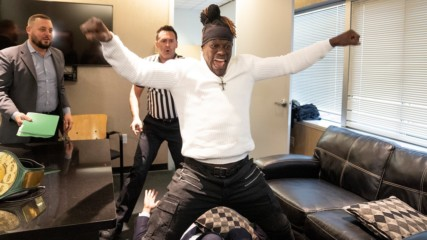 R-Truth crashes contract signing to reclaim 24/7 Title: WWE.com Exclusive, Nov. 19, 2019