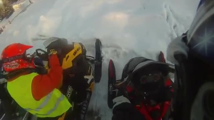 Снегомобилно пътешествие в Карелия 2013