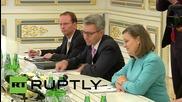 Ukraine: Victoria Nuland visits Kiev, holds talks with Poroshenko
