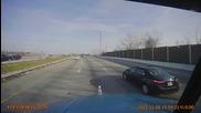 Ужасен инцидент! ТИР пука гума на магистралата, шофьорът оцелява като по чудо!