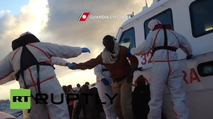 Italy: Hundreds of migrants intercepted in the Straits of Sicily