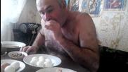 Така трябва да се белят правилно яйца