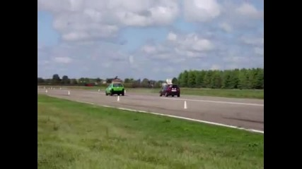 Drag Racing Fiat Uno Turbo vs Fiat Uno