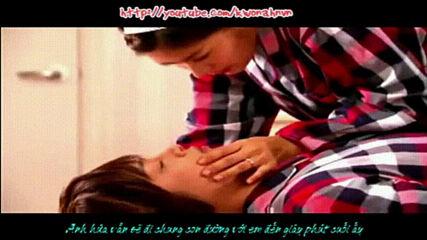 Baek Seung Jo & Oh Ha Ni Kiss from a Rose.mp4