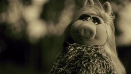 Мис Пиги пее на Адел - Hello