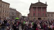 Germany: Baerbock calls for 12€/h min wage at campaign rally in Potsdam