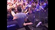 Какво прави Tiesto преди , по време и след концерт!?!