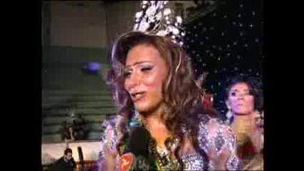 Защо свалиха перуката и короната на мис Бразилия 2009?
