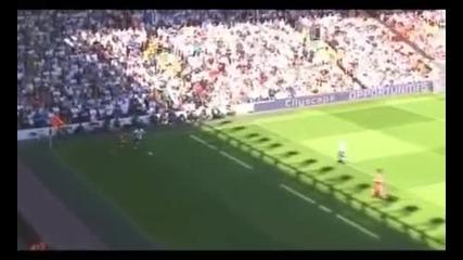 Fernando Torres and Steven Gerrard - Liverpools #9 and Liverpools Captain
