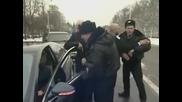 Полицаи Отнемат Луксосното Возило На Политик