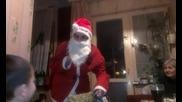 дядо Коледа пристига смях