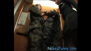 ! Goli I Smeshni - Oфицери в асаньора