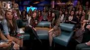 Demi Lovato comenta sobre a hashtag _lesbians For Demi_ (legendado)