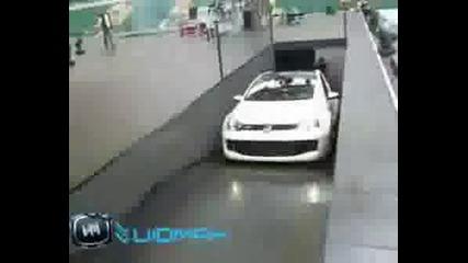 Най - Бързият VW GOLF В Света (Пототип GTI W12)