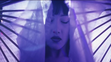 Night Argent - Mannequin - Official Music Video - превод