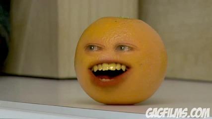 [hq] Портокал се подиграва на дядо мраз