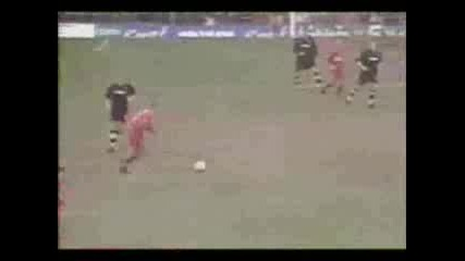 Steven Gerrard Голове