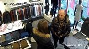 Вижте какво прави този мъж по време на шопинг