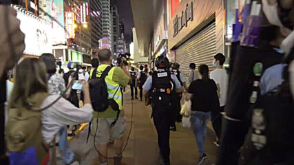 Hong Kong: Police disperse protesters at demo in support of Jimmy Lai