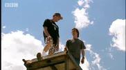 el Amazing stunts - Richard Hammond Meets Evel Kniev - Bbc autos