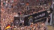 Огромно множество посрещна шампионите в Берлин