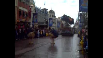 Парад В Disneyland