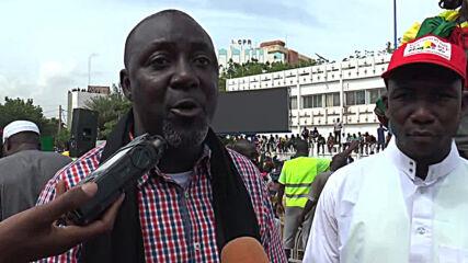 Mali: Thousands demonstrate against president Keita in Bamako