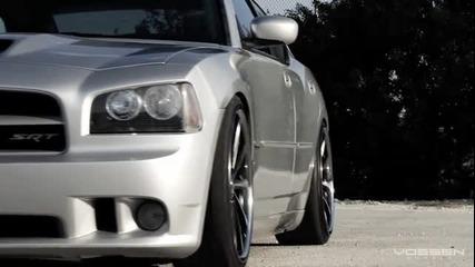 Мощ и елегантност в една кола Dodge Charger