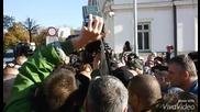 протестиращи пред Ал. Невски