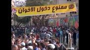 Сблъсъци в Египет, след като президентът се опита да увеличи правата си