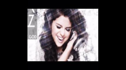 Текст и превод!!! Selena Gomez & The Scene - Rock God