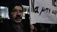 Greece: Thousands protest cancellation of controversial 'terrorist' play by Greek National Theatre