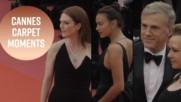 """Наградата за """"най-прозрачна рокля в Кан"""" отива при..."""