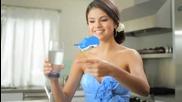 Сели Гомез в реклама за вода
