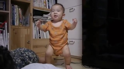 Бебе танцува на - Ganganm style
