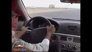 Арабите са луди, и това клипче го доказва!!