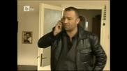 Алтан казва на Месут , че има бомба в апартамента
