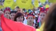 Кметът Николай Димитров посрещна хиляди деца в Несебър