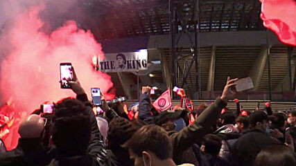 Italy: Napoli fans gather outside San Paolo stadium to honour Maradona's memory