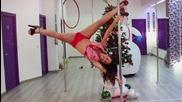 Секси снежанки Pole Dance Весела Коледа
