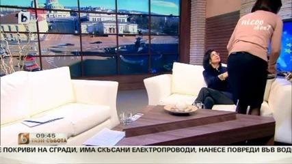 Прожектор се стовари върху Миглена Кунева в ефир