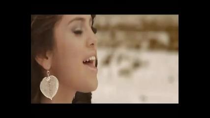 Selena Gomez & The Scene - Un Ano Sin Lluvia ( на испански )