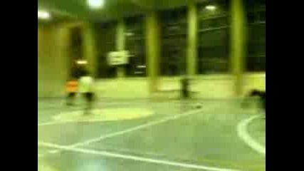 Футбол - Политология 2курс - Макро 3курс