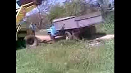 Mnogo Qk Drift S Traktor