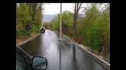 На пътя - диреци, диреци, диреци (радио миниатюра oт Любомир Методиев)