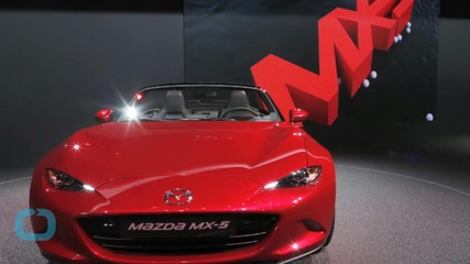 Virtually Driven: Mazda Puts the 2016 MX-5 in Gamers' Hands Before Real-world Drivers Get to Take the Wheel