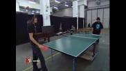 Бил И Том От Токио Хотел Играят Пинг - Понг