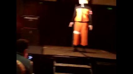 Naruto Dances To Boom Boom Pow-наруто се хваща за х*я